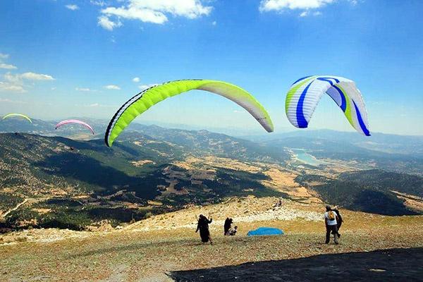 Çameli Yamaç Paraşütü Türkiye Şampiyonası başladı