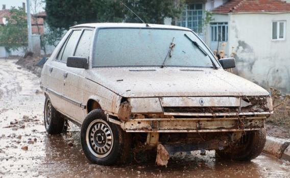 Serinhisar'da felaketin boyutu gündüz ortaya çıktı