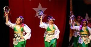 Halk Dansları Topluluğu'ndan muhteşem gala