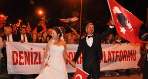 Denizli'de Cumhuriyet yürüyüşü