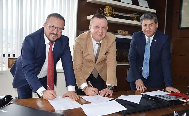 Büyükşehir'den Denizlispor'a 400 bin TL destek