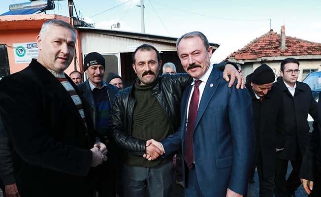 Milletvekili Şahin Tin, Tavas'ta vatandaşlarla buluştu
