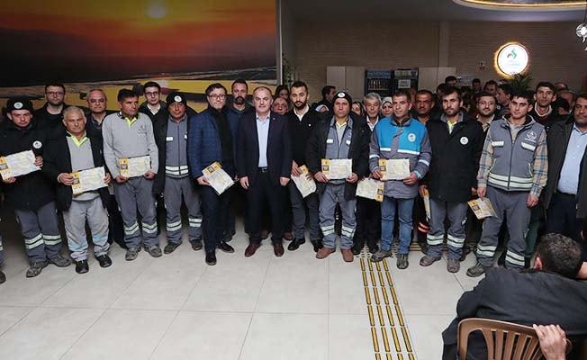 Pamukkale'de Belediye çalışanlarına iş güvenliği sertifikası