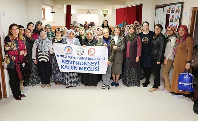 Kadın Meclisi'nden 'Akılcı ilaç kullanımı ve sağlık' eğitimi