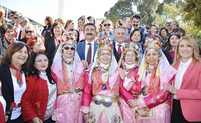 """""""Biz kadını, kadınlarımız da Pamukkale'yi yüceltecek"""""""