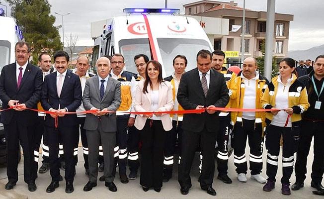 Çivril'de tam donanımlı iki Ambulans hizmete girdi