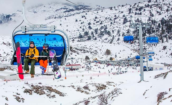 Kış turizminin parlayan yıldızına otel ve sosyal tesis