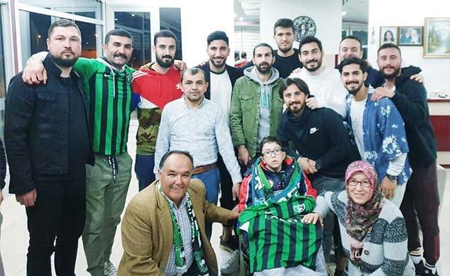Denizlispor'lu futbolculardan Yunus'a moral ziyareti