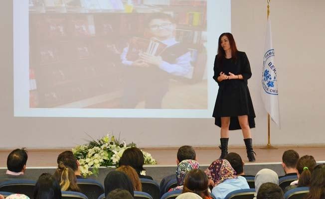 Kariyer Koçu Kazanoğlu'dan öğrencilere başarının sırları