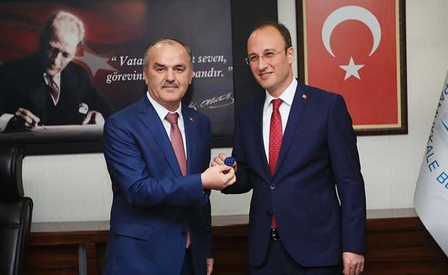 Pamukkale'de Örki, kurucu başkan Gürlesin'den görevi devraldı