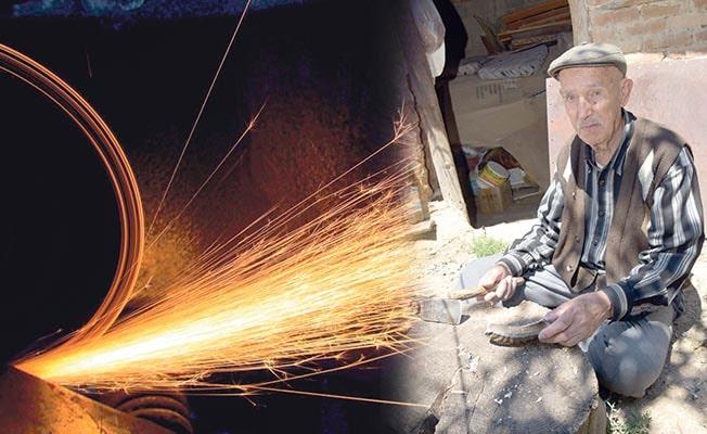 Üç çeyrek asırdır ürettiği bıçak ve çakılarla Türkiye'deki her eve girdi