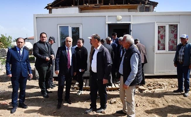 Vali Karahan Acıpayam'da kurulan konteynerleri inceledi