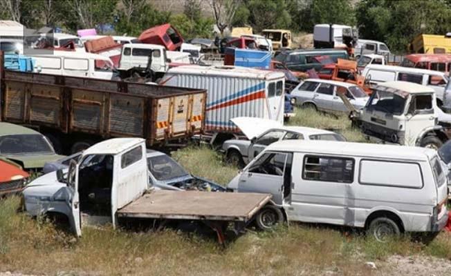 Belediye 22 hurda aracını satışa çıkarıyor