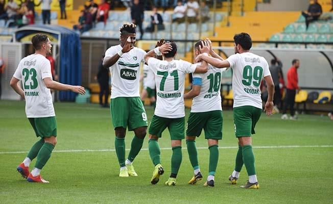 Horoz ilk yarıyı 2-1 önde kapattı