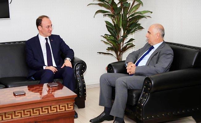 Vali Karahan'dan Başkan Örki'ye hayırlı olsun ziyareti