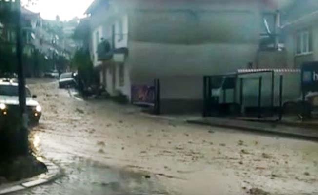 Güney'de etkili yağış sele neden oldu