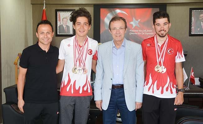 Şampiyon pedallar İbanoğlu'nu ziyaret etti