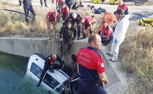 Sulama kanalına düşen otomobilde 2 kişi öldü