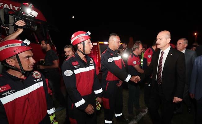 Büyükşehir ekipleri deprem bölgesinde seferber oldu