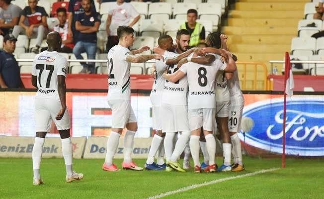 Horoz Antalya'dan 3 puanla dönüyor: 0 -2