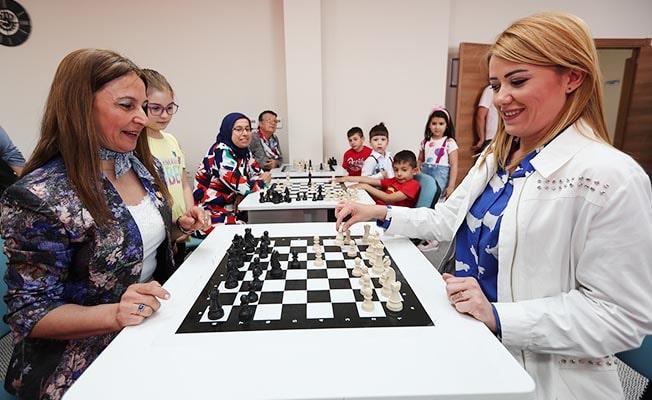 Merkezefendi'de Zafer Kupası Elo Satranç Turnuvası düzenleniyor