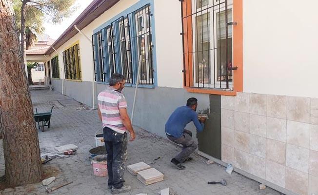 Sarayköy'de okullar yeni eğitim öğretim yılına hazırlanıyor