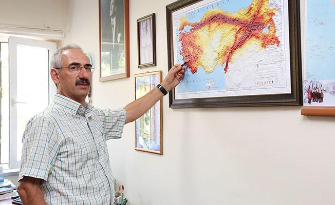 PAÜ, Bozkurt depremi hasarlarının nedenlerini inceledi