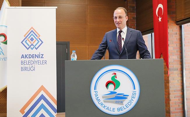 """Başkan Örki'den belediye personeline: """"Vatandaşları güler yüzle karşılayın"""""""