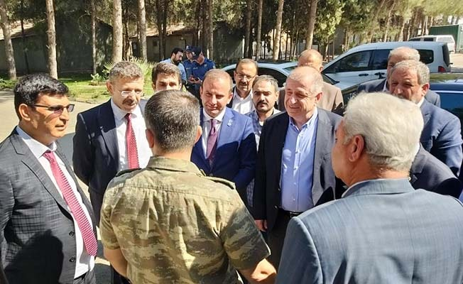 Milletvekili Öztürk, İYİ Parti heyeti ile birlikte harekat bölgesinde