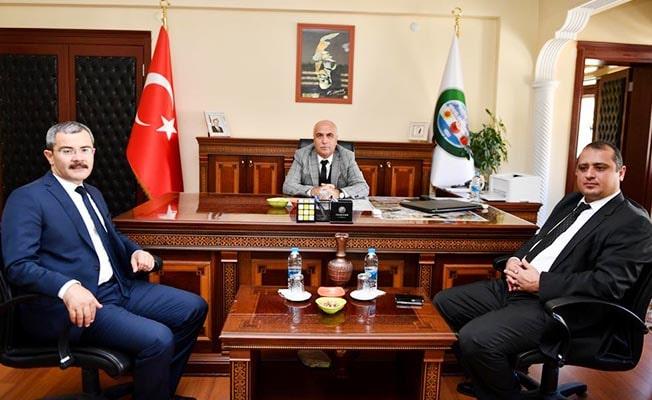 Vali Karahan Çivril'i ziyaret etti