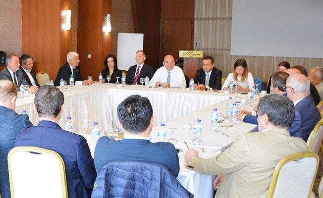 İş Yatırım Genel Müdürü Kutlusoy, DSO Meclis üyelerine seslendi