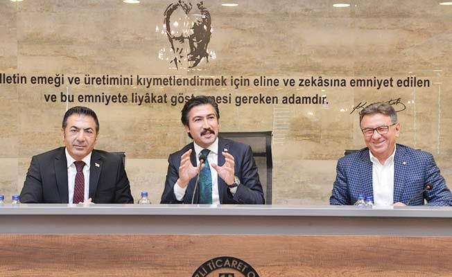 Özkan'dan DTO Başkanı ve Yönetimine övgü