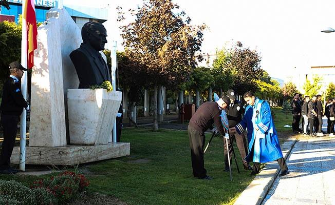 PAÜ'de 10 Kasım Atatürk'ü anma töreni düzenlendi