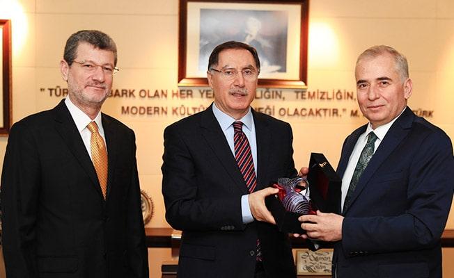 Kamu Başdenetçisi Malkoç, Başkan Zolan'ı ziyaret etti