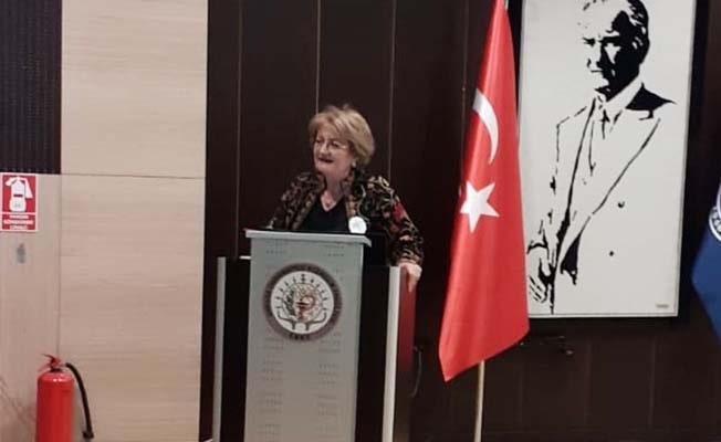 Türkiye'nin ilk ve tek kadın Eczacı Belediye Başkanı Çelik Ankara'da konuştu