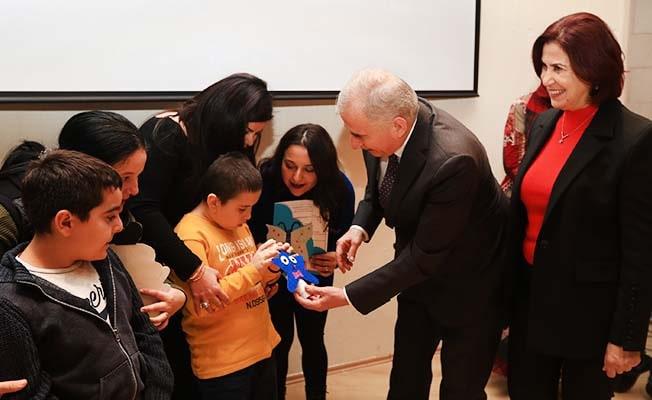Başkan Zolan, çocukların karne sevincini paylaştı