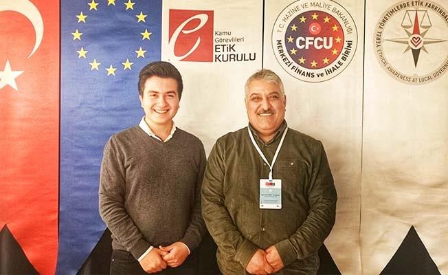 Pamukkale Belediye Meclisi'nin en genç üyesi Etik Elçisi seçildi