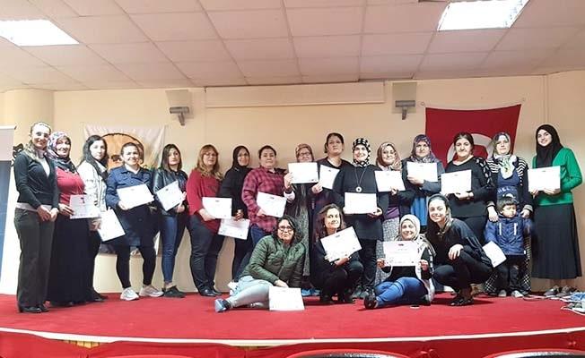 Pamukkale'de kadınlara sosyal kooperatifçilik eğitimi