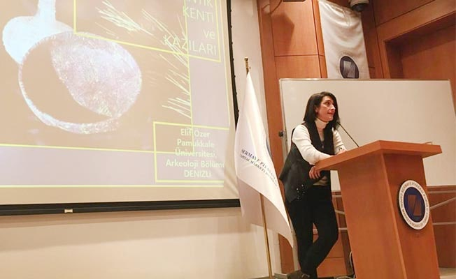 Prof. Dr. Özer, SPK'da ilk Borsa binası bulunan Aizanoi Antik Kentini anlattı