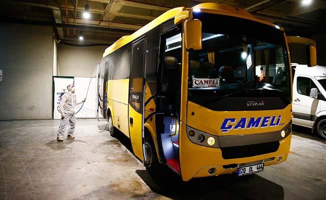 Denizli'de Otobüs terminalinde ilçe araçları dezenfekte ediliyor