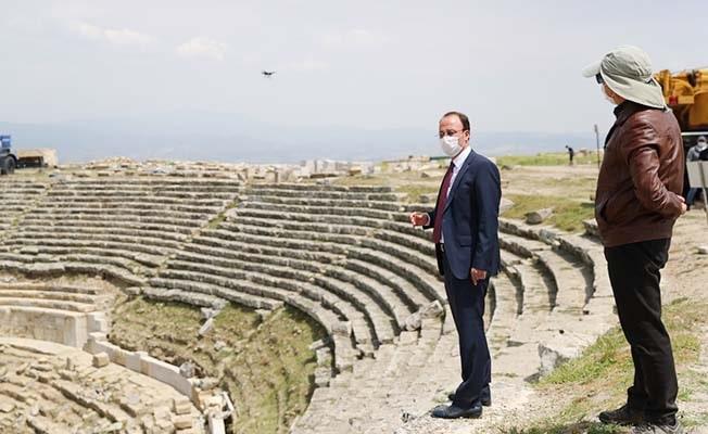 Başkan Örki Laodikeia'da incelemelerde bulundu