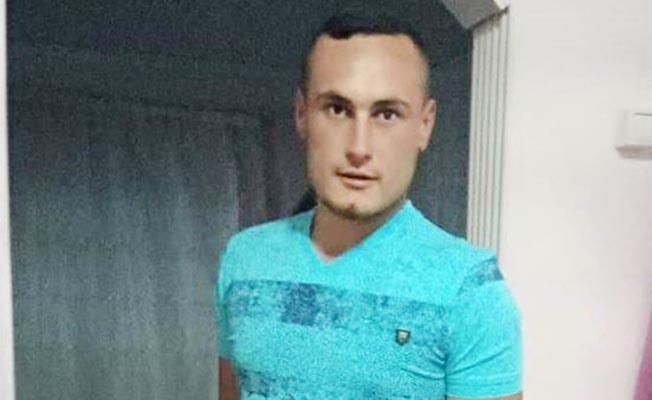 Genç adam odasında ölü bulundu