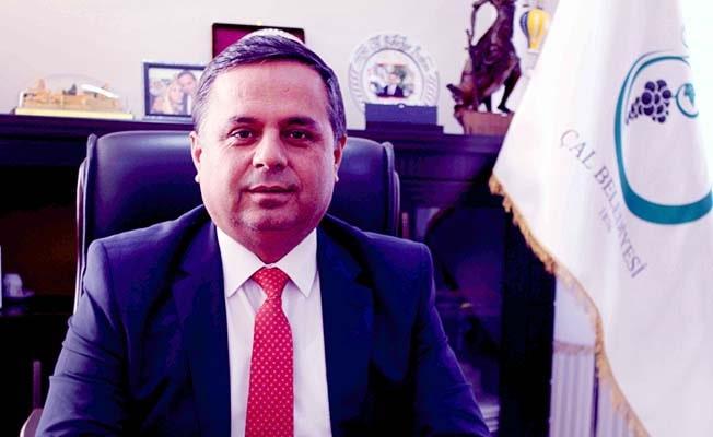 """Başkan Akcan: """"Haksızlık yapmayın, ikametgahınızı Çal'a aldırın"""""""