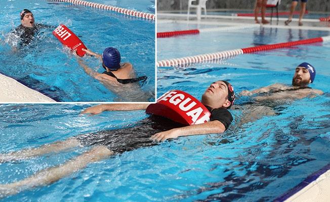 Büyükşehir'den Yüzme eğitmenlerine cankurtaranlık sertifikası