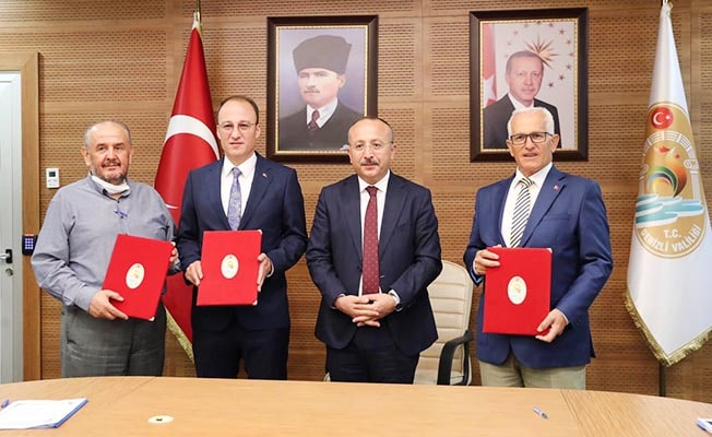 Pamukkale'de İmam Hatip Ortaokulu ve Lisesi protokolü imzalandı