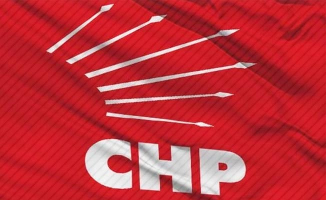 CHP Denizli'de 5 isime geçici ihraç