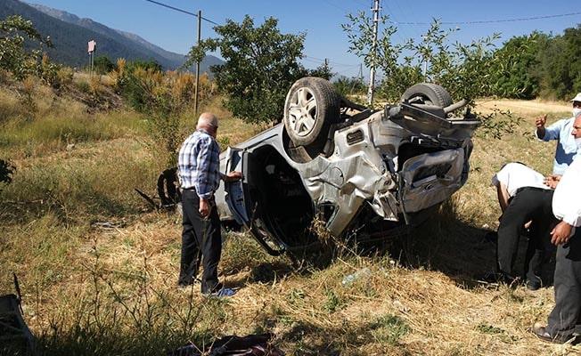 Feci kazada anne öldü, baba ve 2 çocukları yaralandı