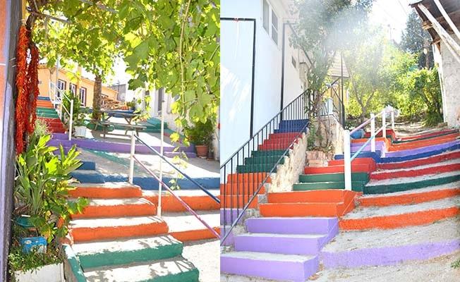 Babadağ'da önce tarihi evler, şimdi merdivenler