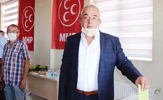 Çal MHP'de Ali Çiftçi güven tazeledi