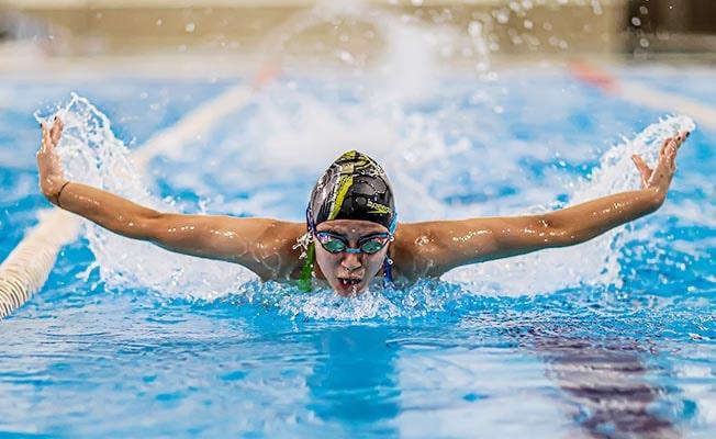 Geleceğin yüzücüleri Büyükşehir ile yetişiyor